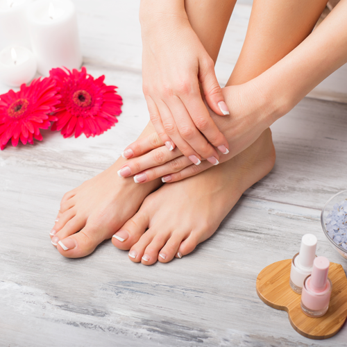 MANICURE & SPA PEDICURE